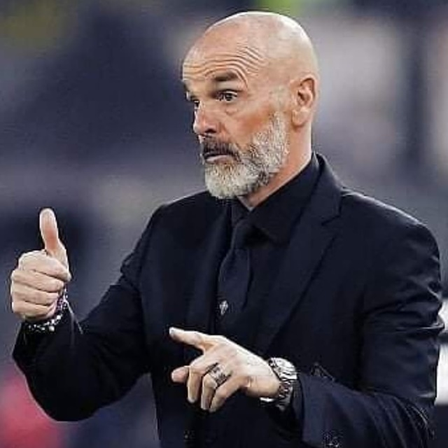 Stefano Pioli Sangat Puas AC Milan Bisa Tahan Imbang Napoli-IGilmaestrostefanopioli