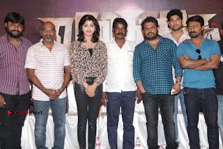 Vizhithiru Movie Press Meet Stills  0033.jpg