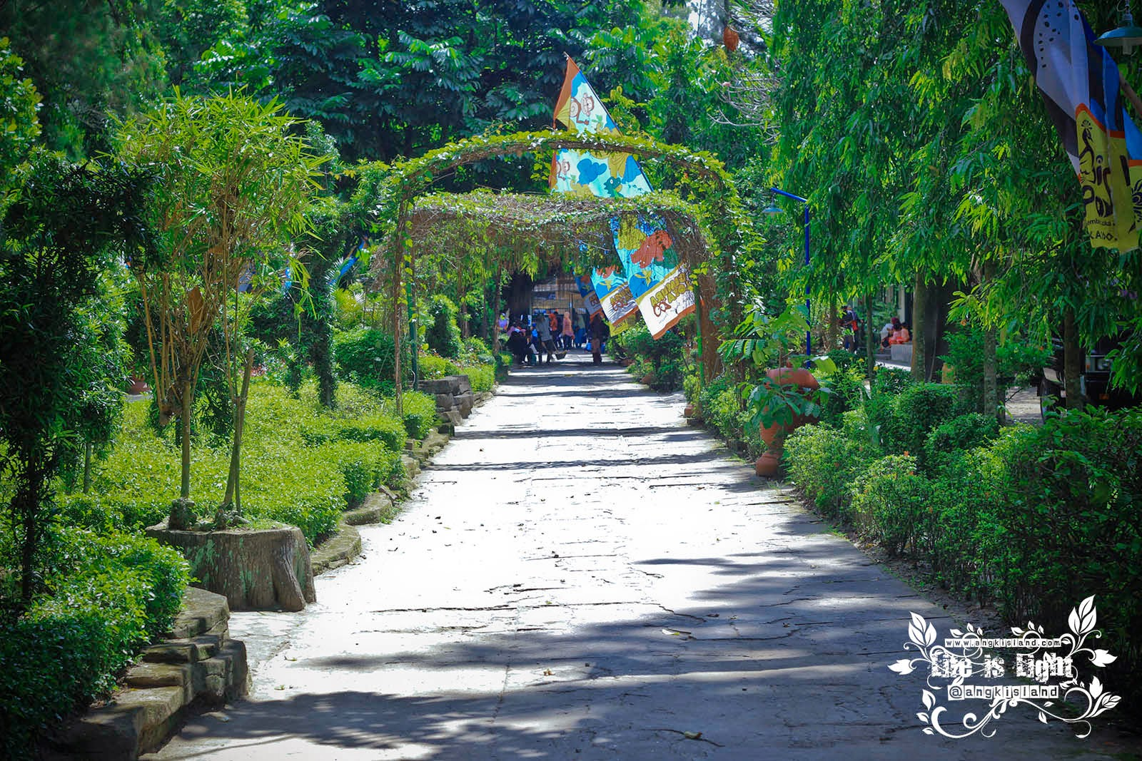 jalan ke Gembiraloka
