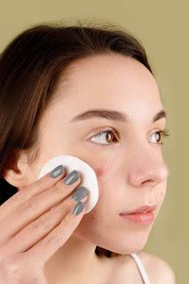Teen girls' skin care tips
