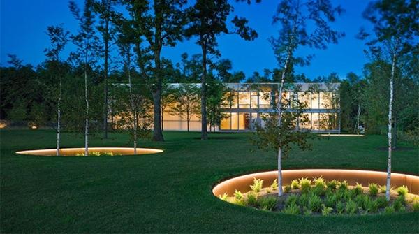 Tidak semua rumah mempunyai area untuk halaman depan alasannya yaitu beberapa memang mempunyai sisa r Desain Taman Depan Rumah Modern