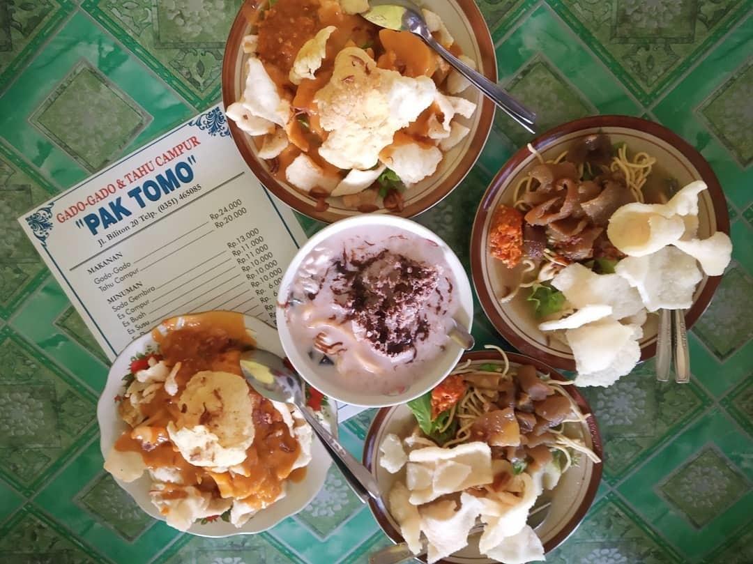 Wisata Kuliner Gado-gado dan Tahu Campur Pak Tomo Madiun