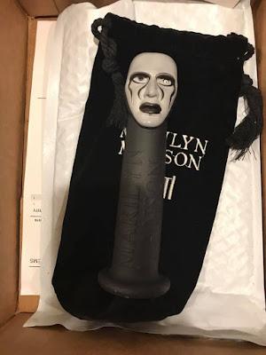 """Marilyn Manson >> álbum """"We Are Chaos"""" 44588081_10217473407209416_3463540865346043904_n"""