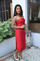 Mamatha sizzles in red Gown at Katrina Karina Madhyalo Kamal Haasan movie Launch event 226.JPG