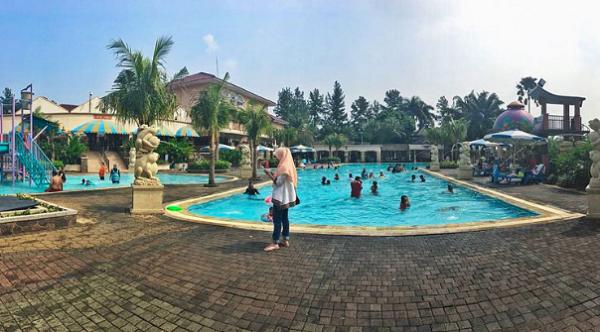 wisata keluarga di bogor Marcopolo Water Adventure