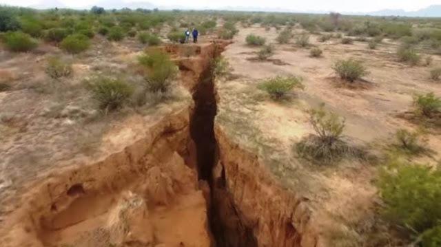prediksi lempengan laut jawa dan peristiwa geologi tanah