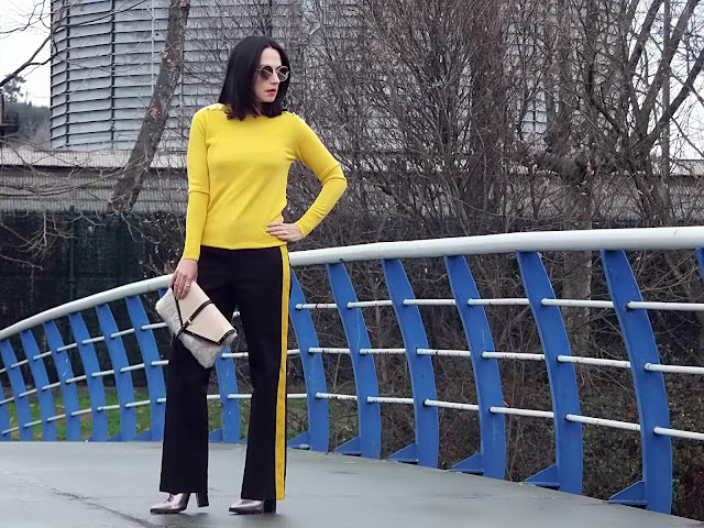 fashion, moda, look, outfit, blog, blogger, walking, penny, lane, streetstyle, style, estilo, trendy, rock, boho, chic, cool, casual, ropa, cloth, garment, inspiration, fashionblogger, art, photo, photograph, Avilés, asturias, zara, trousers, Queen, show,