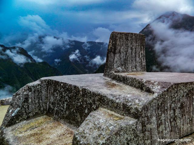 """Intihuatana, """"pedra de amarrar o sol"""", Machu Picchu"""