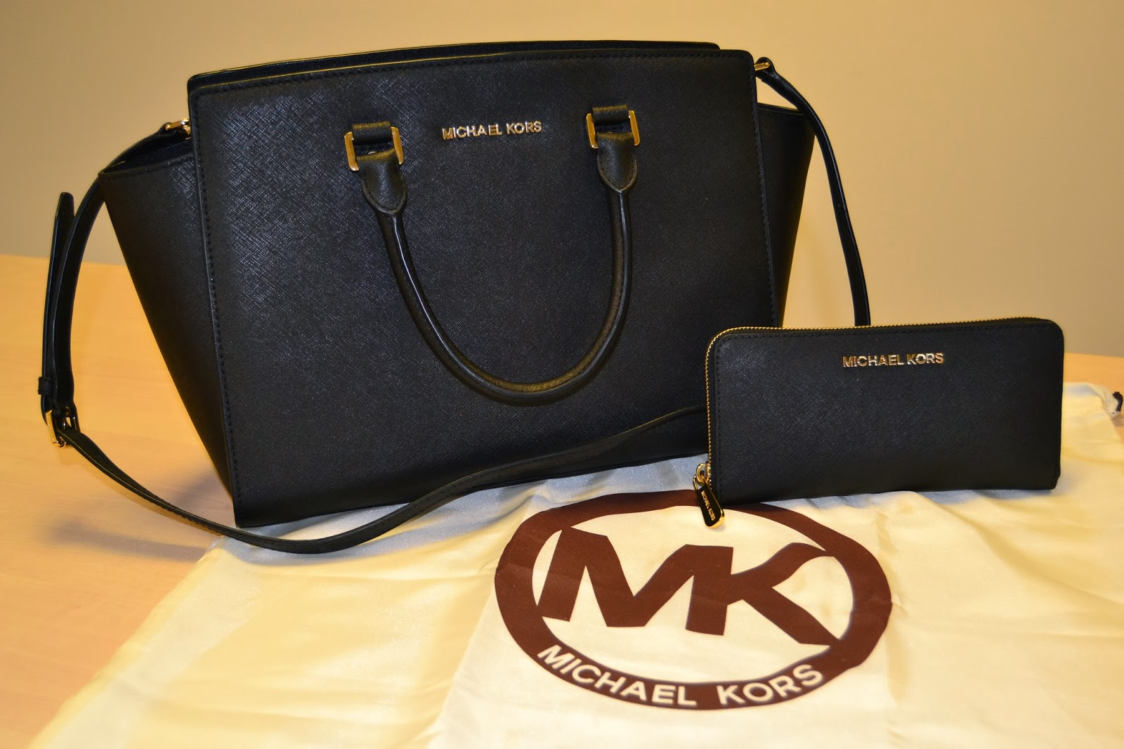 detaljerade bilder bästa priserna nya stilar PRODUCT REVIEW: Michael Kors Large Selma Top-Zip Satchel | STYLED ...