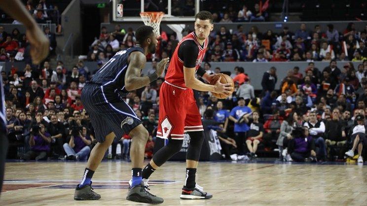 Teknik Dasar Pivot Dalam Bola Basket Kupas Tuntas Basketball