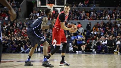Teknik pivot bola basket