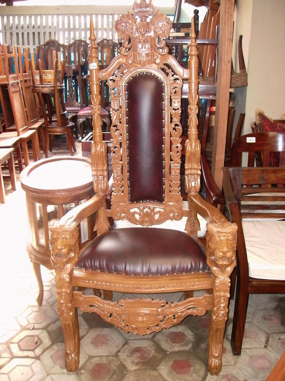 Kursi Raja Kepala Singa