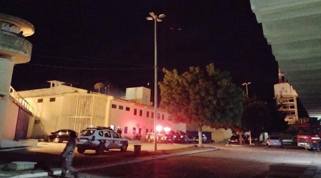 Detentos iniciam motim e incendeiam cela do presídio de Patos-PB