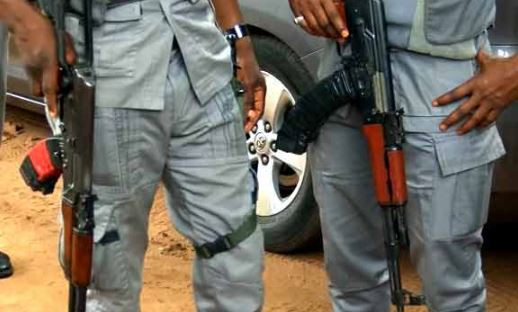 Customs officer, Yakubu Shuaibu shot dead in an ambush by suspected smugglers in Ogun State.