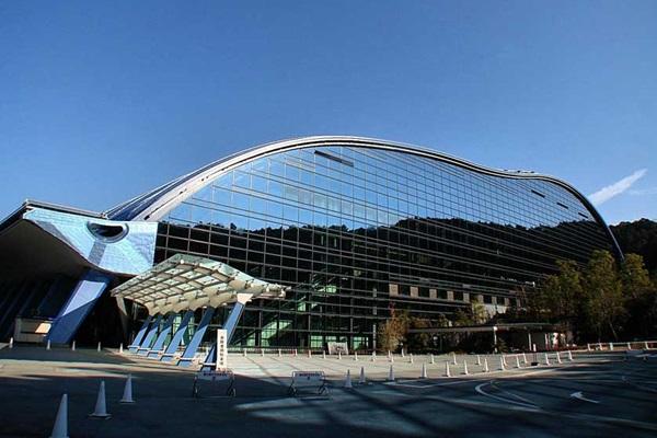 พิพิธภัณฑ์แห่งชาติคิวชู (Kyushu National Museum) @ www.japanvisitor.com