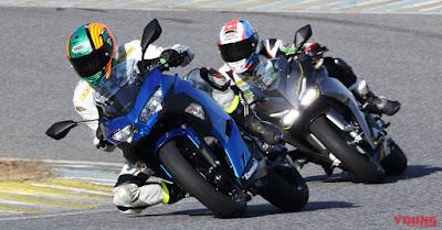 Pembalap Jepang Menguji CBR250RR vs New Ninja 250