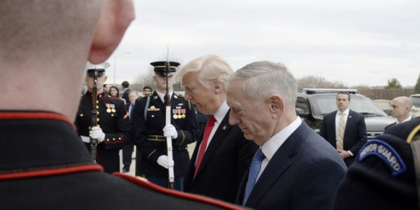 Ετοιμάζεται για πόλεμο σε Συρία-Ιράκ ο Τραμπ: Το Πεντάγωνο παρέδωσε σχέδιο για ISIS