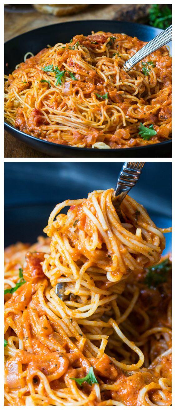 Spicy Tomato Cream Pasta #spicy #tomato #cream #pasta #pastarecipes #easypastarecipes