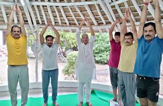 भारत की अमूल्य धरोहर है योगः सांसद | #NayaSaberaNetwork