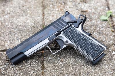 Gratuitous Gun Pr0n #203...