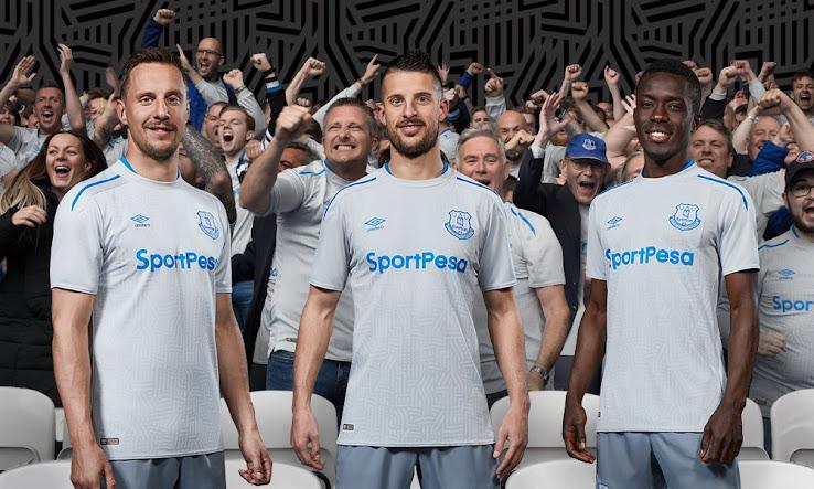 dbd7822ca Umbro Everton 17-18 Away Kit Released - Footy Headlines