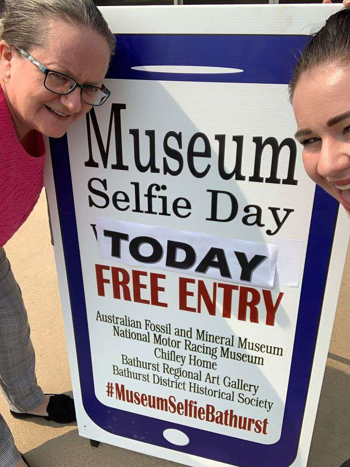 Museum Selfie Day Wishes For Facebook