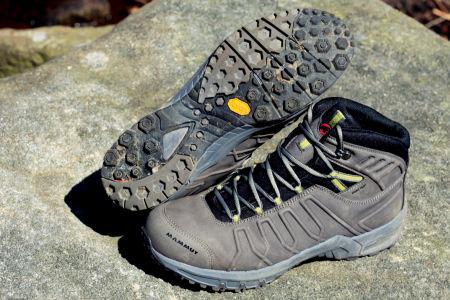 83effcd0ad0 Dit zijn letterlijk lichte wandelschoenen (464 gram) van soepel leer met  een mooie balans tussen flexibliteit en stijfheid. Ook de Mammut Mercury  GTX is erg ...