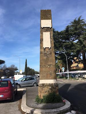 Appia Nuova obelisco