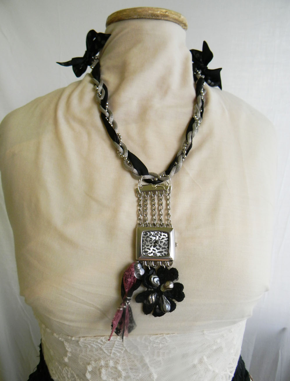 """Lady Gray"" Neckles SOLD OUT"