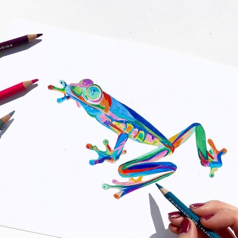 09-Bright-frog-Réka-Gyányi-www-designstack-co