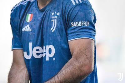 Vượt qua Maldini, Buffon lập nên kỳ tích tại Serie A 2