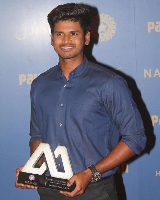Shreyas Iyer (Indian Cricketer) Wiki, Age, Height, Family, Girlfriends and Many More