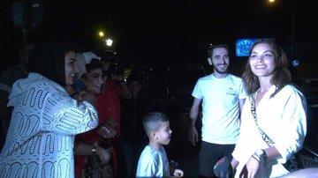 بطلة حب اعمى هازال فيليز تخجل من معجبات من تركيا