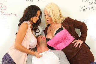 Alura Jenson & Ava Addams : Fucking in the desk with her outie pussy ## NA76vwilk51p.jpg