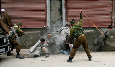 120 Warga Muslim Kashmir Terluka saat Bentrok dengan Polisi India