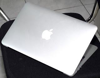 Macbook Air Core i5 Mid 2012 11.6-inch Malang