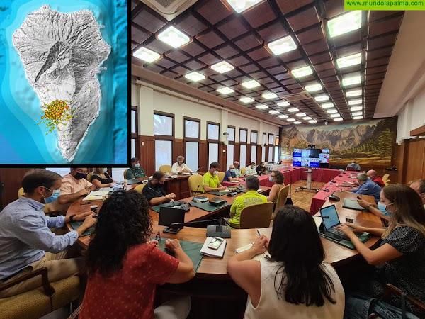 Mariano Zapata informa de que ha disminuido la actividad sísmica pero se mantiene el semáforo amarillo