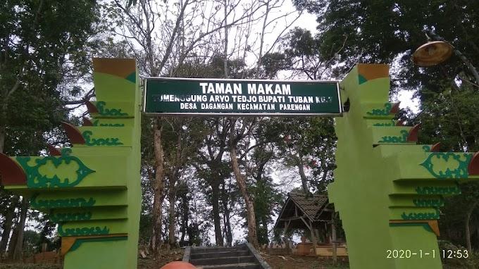 Makam Bupati Tuban Ke-7 Tumenggung Aryo Tedjo Desa Dagangan Parengan Tuban