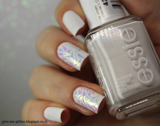 Give me glitter: [Review] Essie - Coconut Cove mit Nailartfolie von