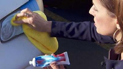 Cara Membersihkan Noda Kaca yang Membandel, Lihat Yuk!