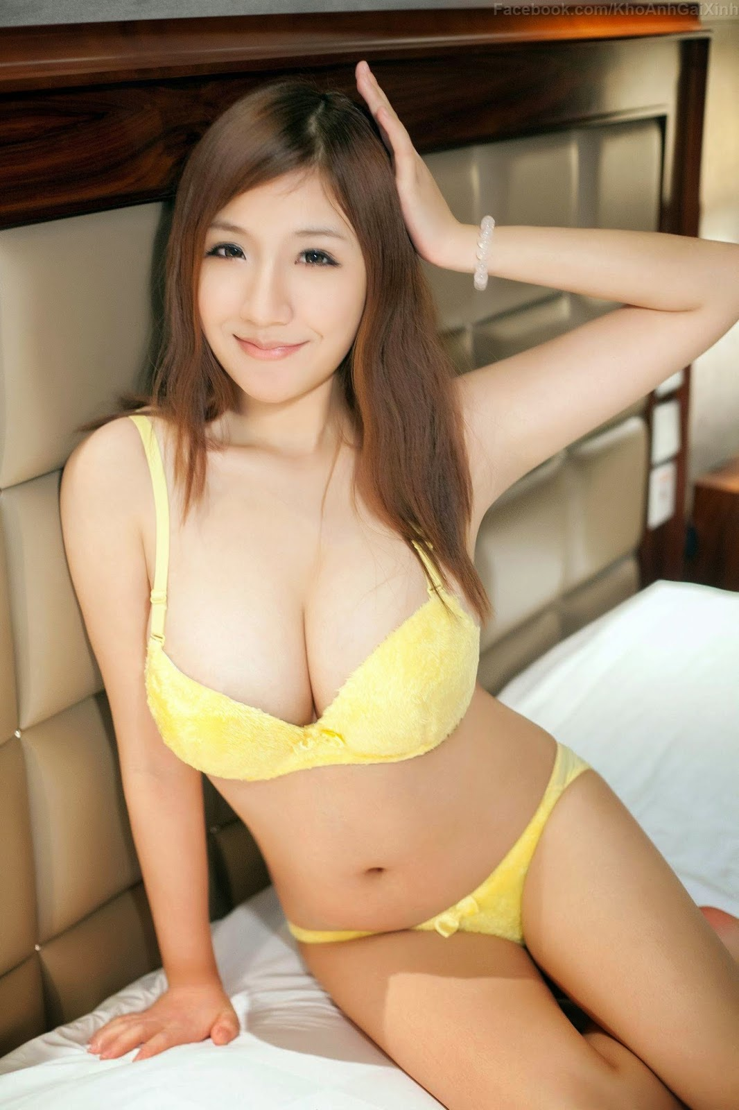 Hot Asian Teen Nude