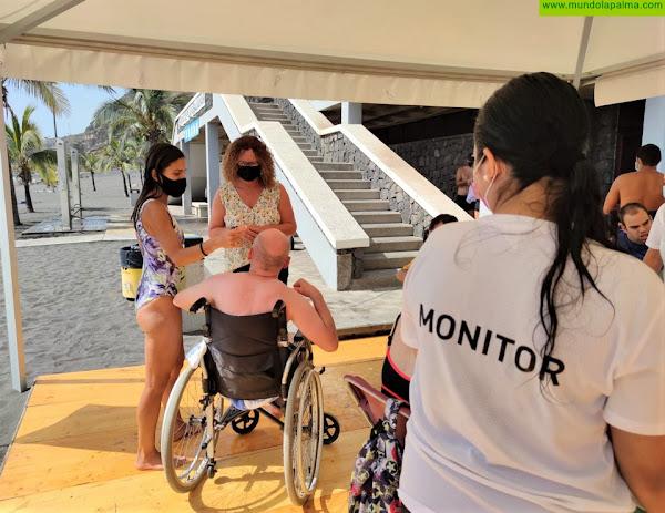 Arranca el programa 'Verano sin Barreras' para que las personas con discapacidad disfruten de la playa