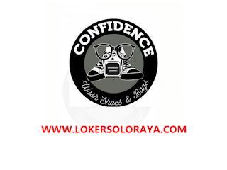 Loker Solo Karyawan Cuci Sepatu di Confidence