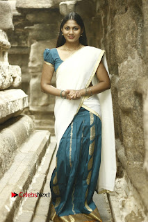 Actress Shruti Reddy Latest Po Shoot Gallery  0018.JPG
