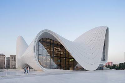 edificio-decostruttivista