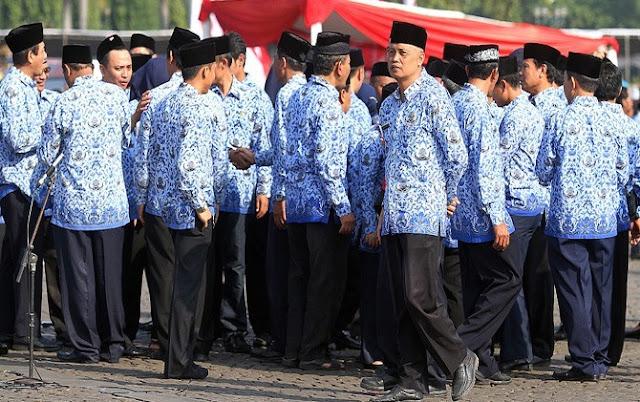 Mantap! Aturan Baru Pemerintah Banten, PNS Wajib Salat Zuhur Berjamaah