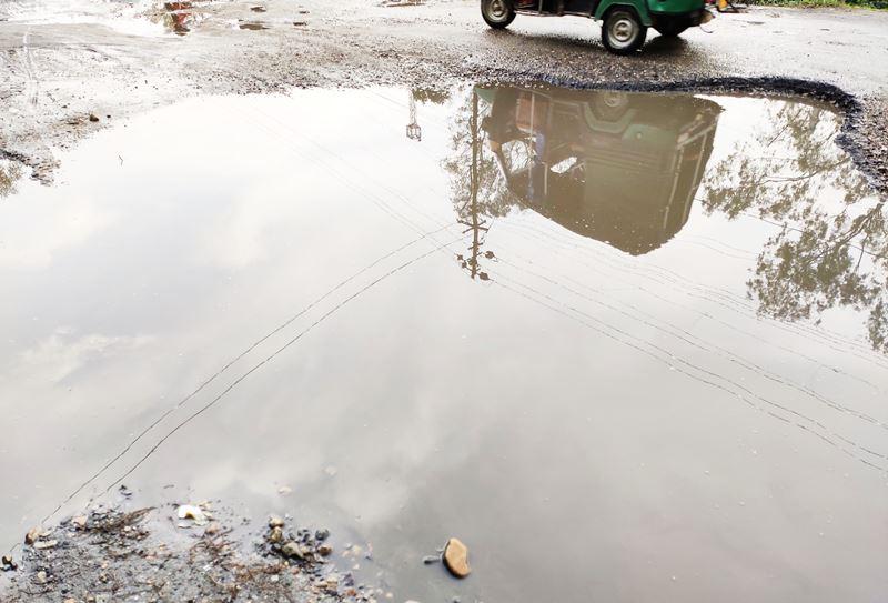 bad condition of road in bongaigaon near new bongaigaon station
