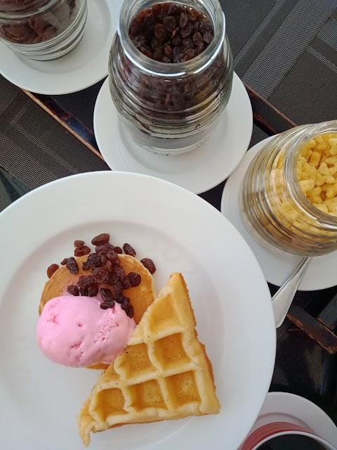 Temu Komunitas Emak Blogger Bareng Sisternet di Crowne Plaza Hotel Bandung