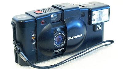 Olympus XA2, A11 Flash