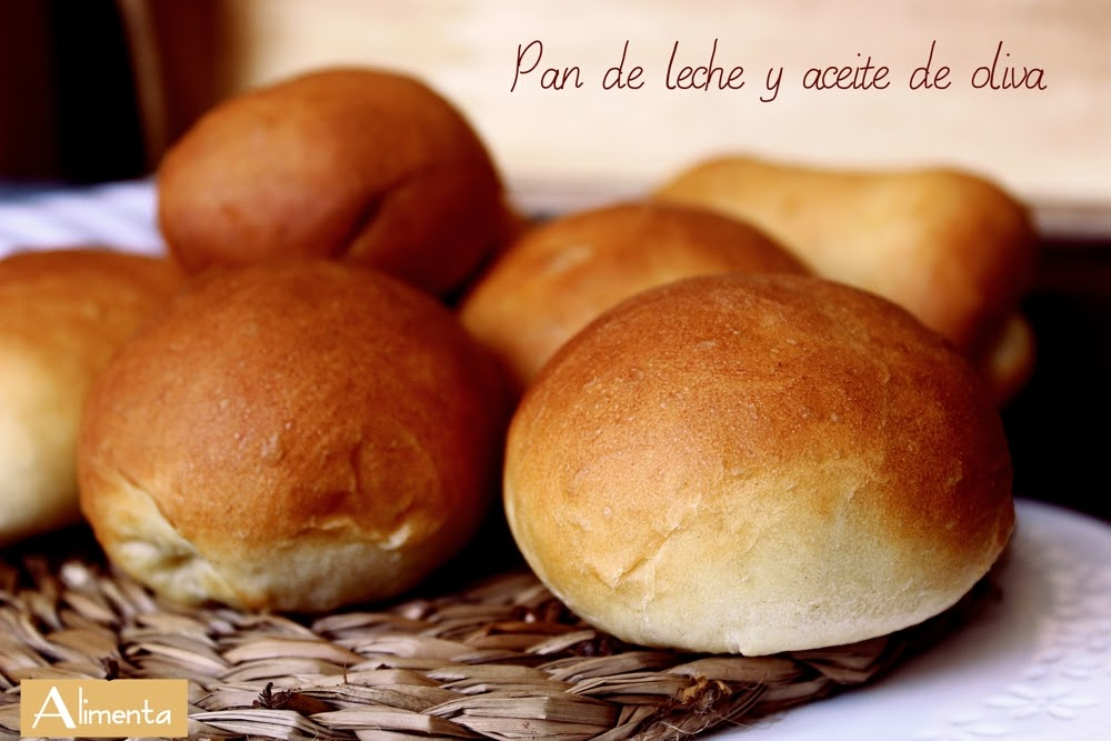 Alimenta Pan Facilísimo Y Muy Tierno De Leche Y Aceite De Oliva